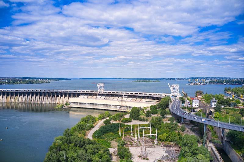 Днепровская гидроэлектростанция фото